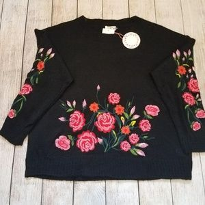 Umgee Embroidered Floral Sweater NWT (In. M)